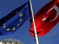 Il via all'accordo UE-Turchia: migranti espulsi dalle coste greche Foto